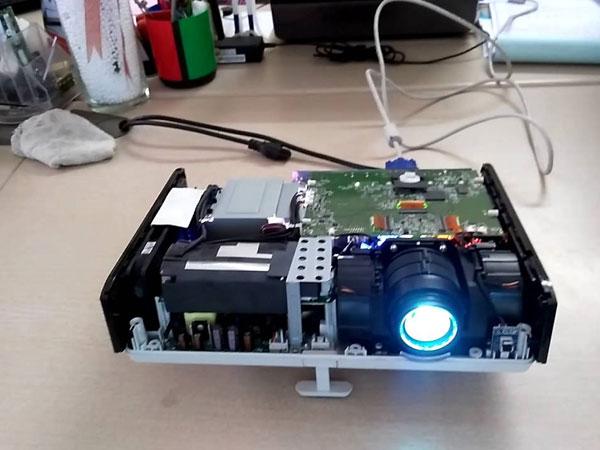 Bảo dưỡng định kỳ để máy chiếu luôn hoạt động tốt